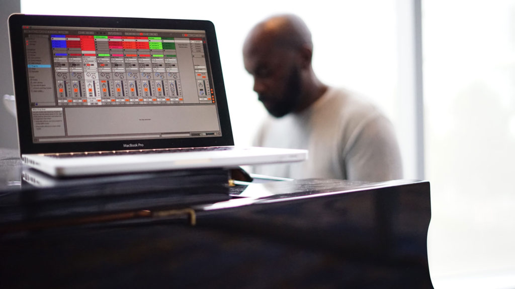 4) How To Warp Audio Files – Ableton Live Tutorial